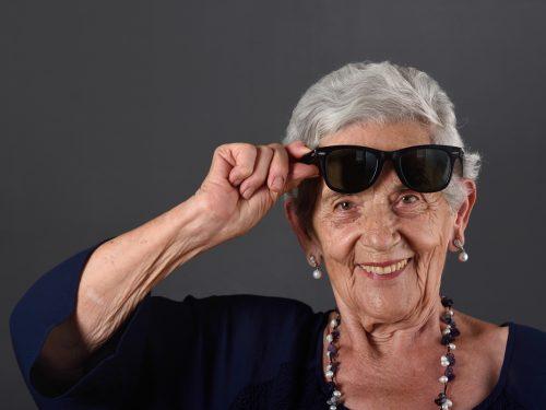 Jak seniorzy dbają o swoje zęby