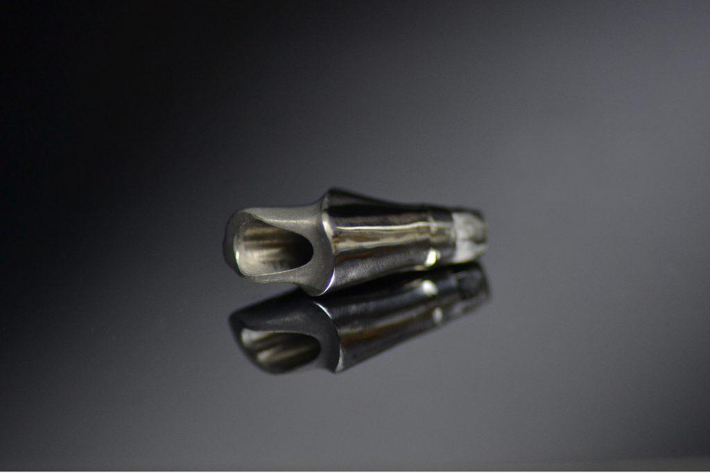 Łacznik implantologiczny